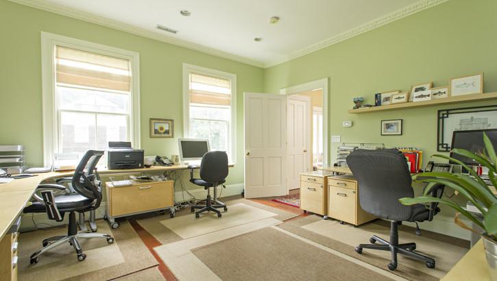 166 Highland Office